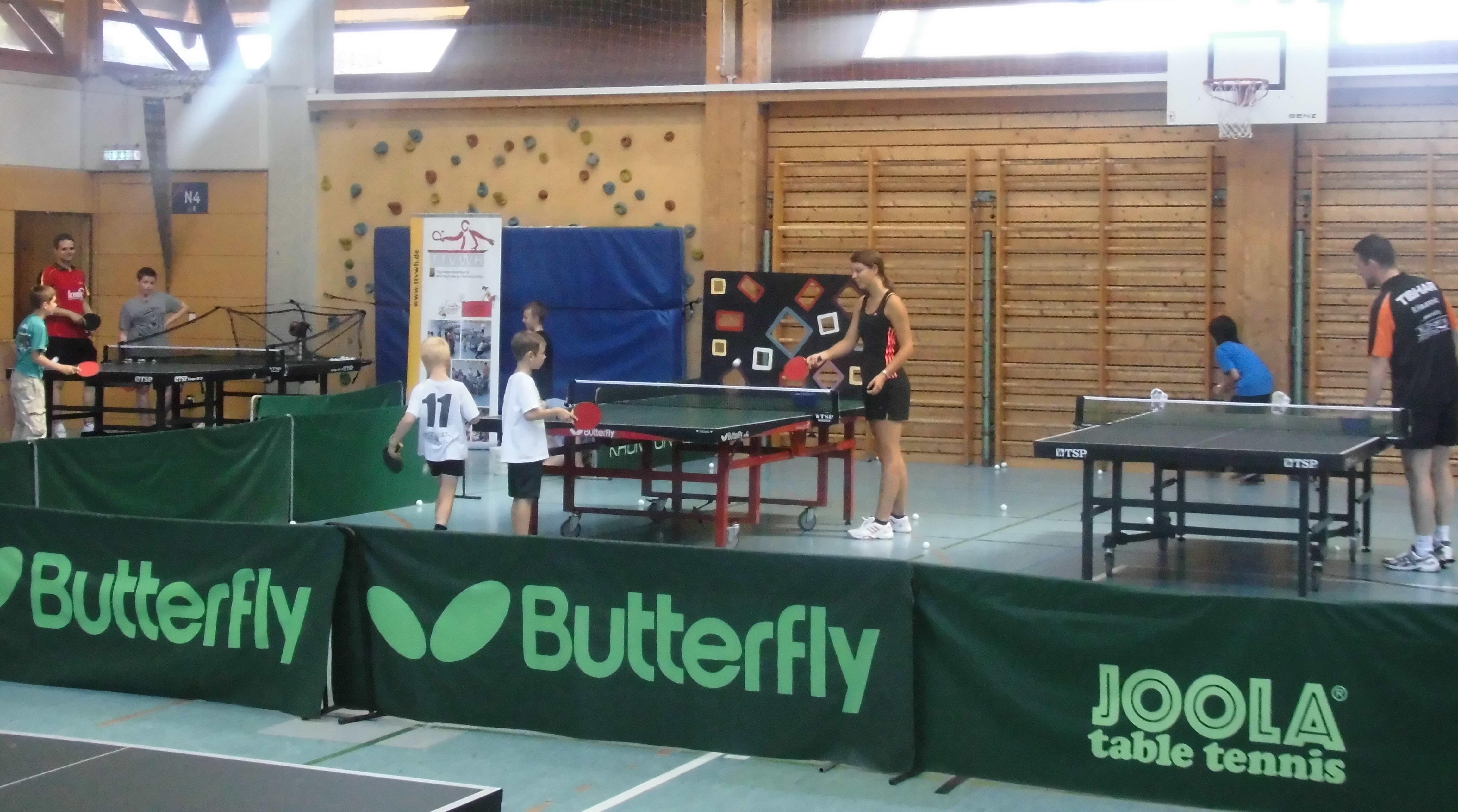 Tischtennis-Ferienprogramm in Schorndorf
