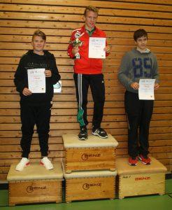 Jungen U18-B: Adrian Kaldi (2.), Tim Meßner (1.), Jonas Stern (3.)